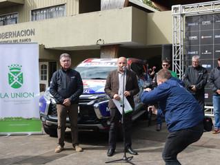 Alcalde Aldo Pinuer encabezó presentación de la sexta fecha del Rally Mobil