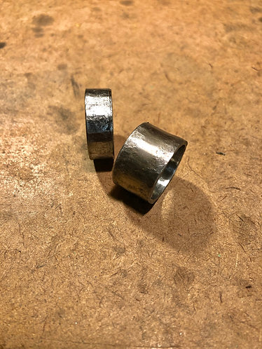HAMMERED PIPE RING