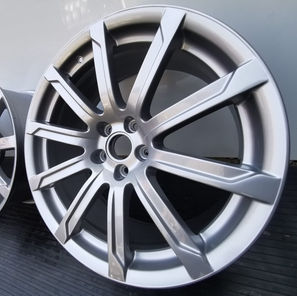 BMW Silber