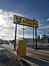 CAT Scale - Deluxe Truck Stop in St. Joseph, MO - trailer weight - weigh station missouri - CAT scale missouri