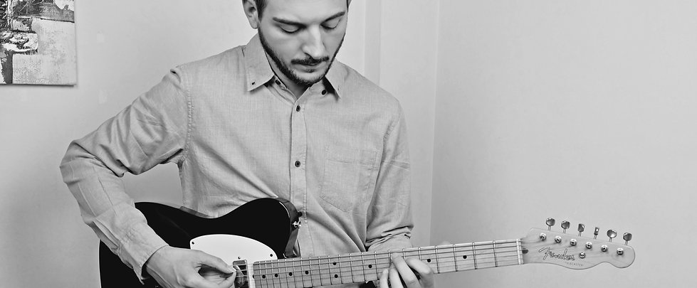Rocco Saviano, chitarra, guitar, fender, telecaster, playing