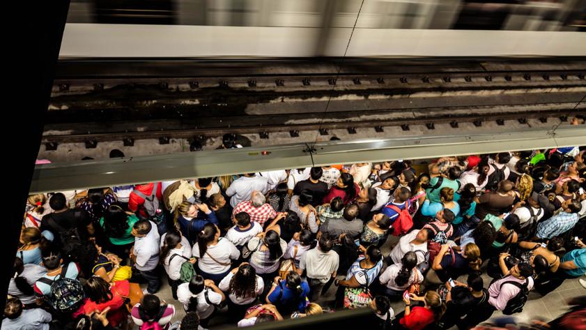 MetroPassing-2.jpg