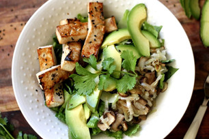 SESAME STICK SALAD WITH AVOCADO, SAUTEED LEEKS AND MUSHROOM