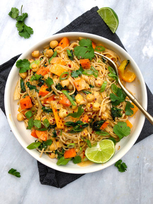 RED THAI CURRY VEGETABLE NOODLES