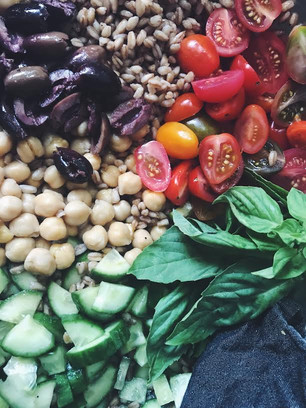 QUICK AND EASY BALSAMIC FARRO SALAD