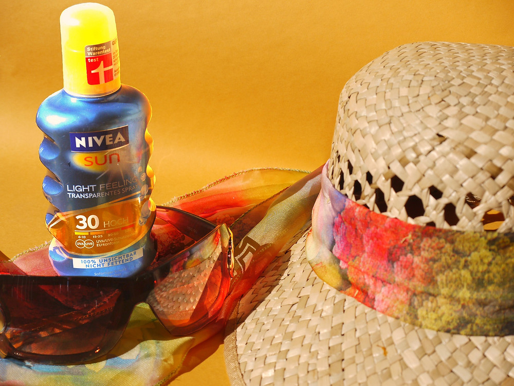 Sun protection items from PixaBay
