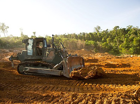 Education improves sun protection among heavy equipment operators