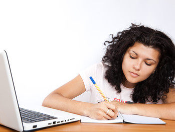 Psychological stress linked with skin complaints in students