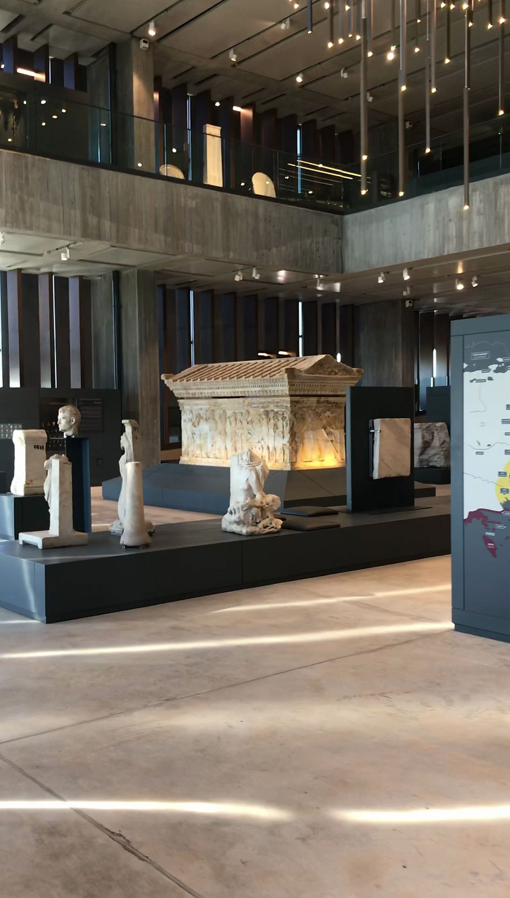 Archeaological, ancient sites in Canakkale, Troy and  Troad Region findings are exhibited in this museum