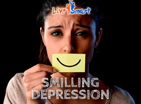 Hati-hati anak anda bisa mengalami Smilling Depression!