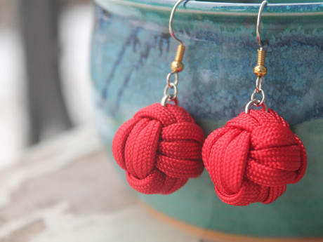 Tying M.F. Earrings (making & creating)