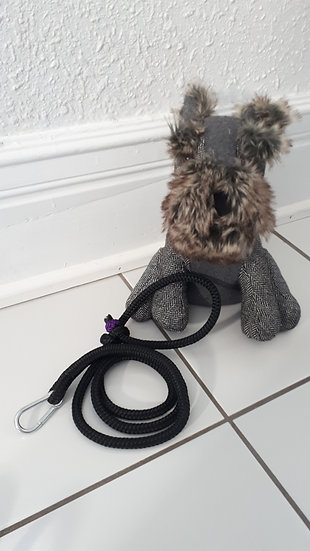 Rope pet leash in purple and black
