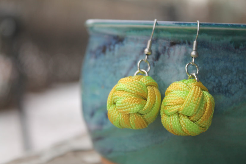 M.F. Earrings in lemon/lime