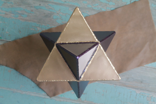 Large merkabah in gold and purple, sacre