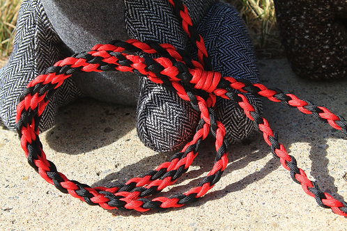 Small red & black paracord leash