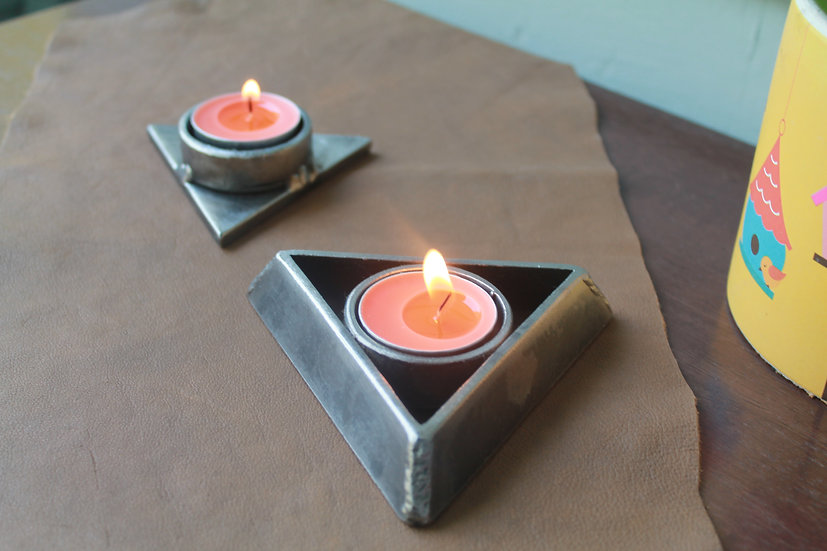 Triangle tealight holders