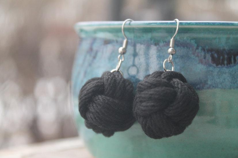 M.F. Earrings in black, cotton