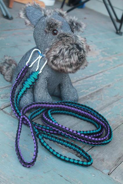 Cobra stitch paracord pet leashes