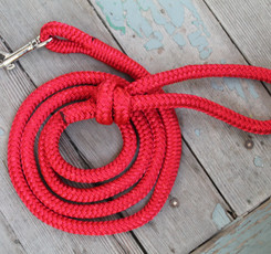 double braid nylon red rope pet leash with quick snap and knotted handle loop, Canadian ma