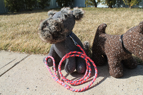 Small pink & blue paracord leash