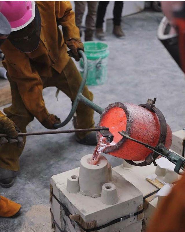Pour day success!! Repost _matthew_doroff _#bringingsculptureback #aluminiumcasting