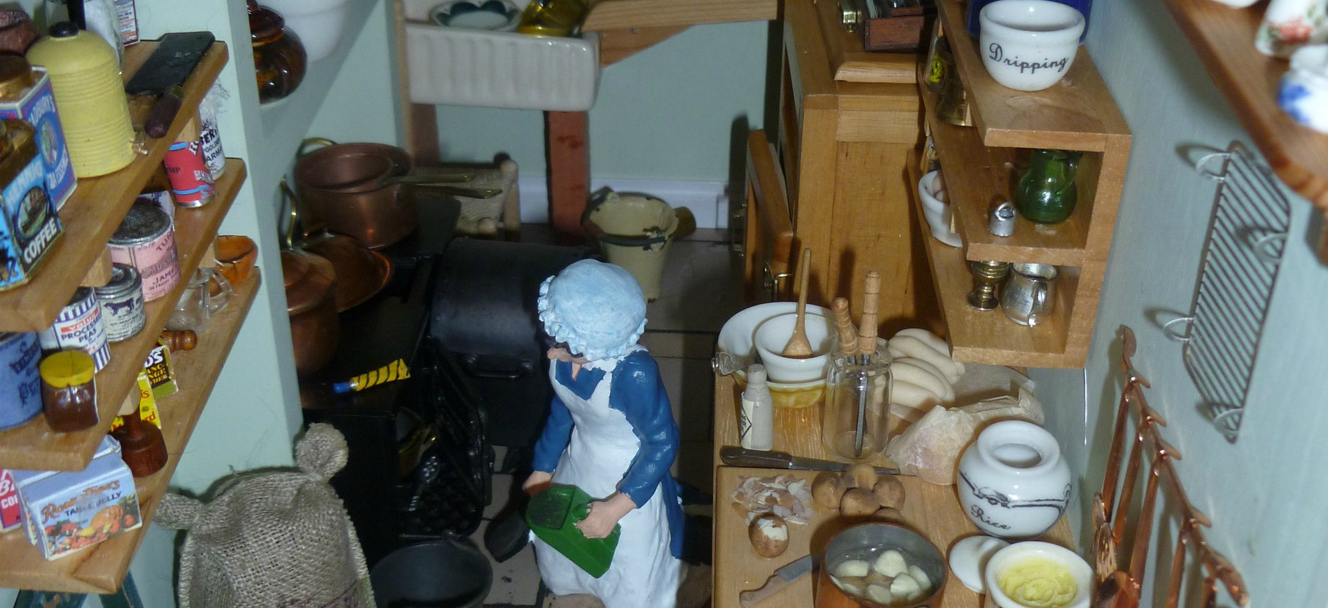 The Dolls House - a tale in minature