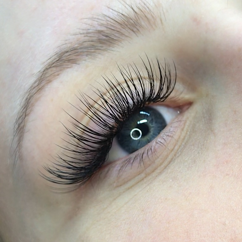 8df952ce406 LASHES BY MARGO