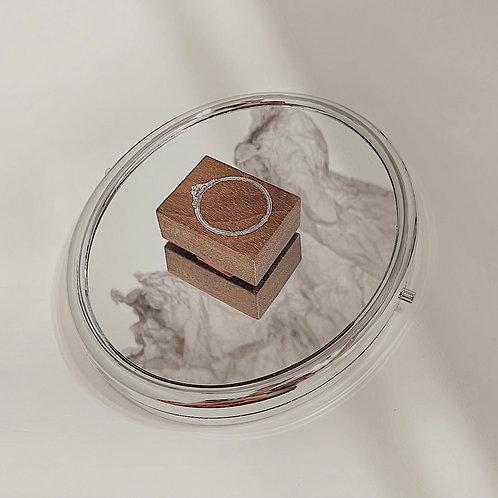Jieyanow Atelier - 4/5 Round Mirror Rubber Stamp