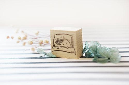 Kami Kami Chop Rubber Stamp - Good Night Cat on Pillow