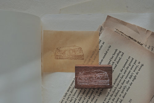 Jieyanow Atelier Slow Living - Old Books Rubber Stamp