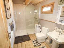 Spacious Bathroom with full size walk in Shower