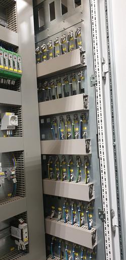 Elektromos szekrény (6)
