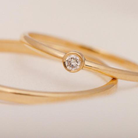 anillo solitario de oro 18k
