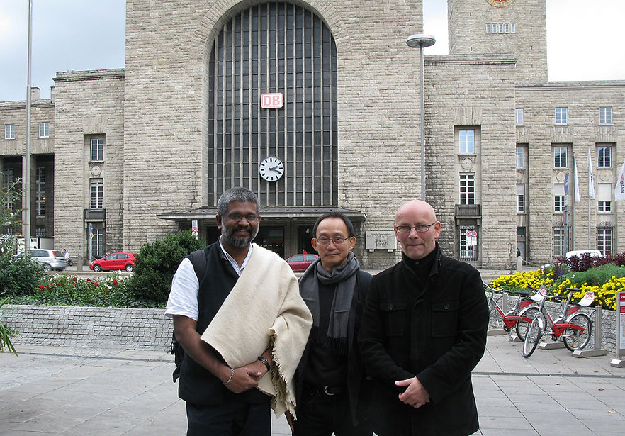 Sethu Das with Thai Political Designer Pracha Suveeranont and Christ Hans of Württembergischer Kunstverein in Stuttgart (2010)