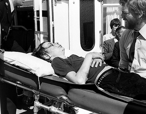 Injured Timothy Knatchbull to the ambulance on August 27, 1979
