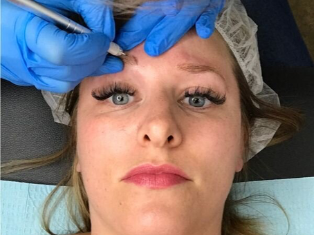 Microblading eyebrows – 10 things to know before your appointment by coupleinthekitchen.com