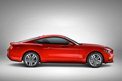 2015-ford-mustang-right-side
