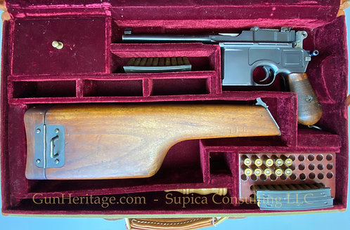"""Mauser C96 """"Broomhandle"""" pistol with shoulder stock / holster."""