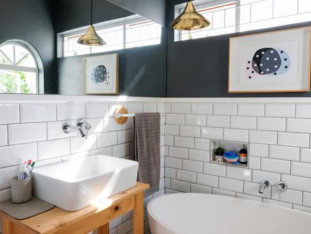 Making Smaller Bathroom Appear Larger