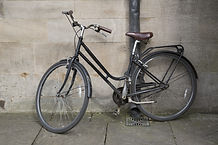 Old Bike in Oxford, England, UK.jpg