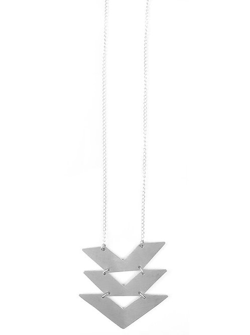 Cropped Chevrons Necklace Silver