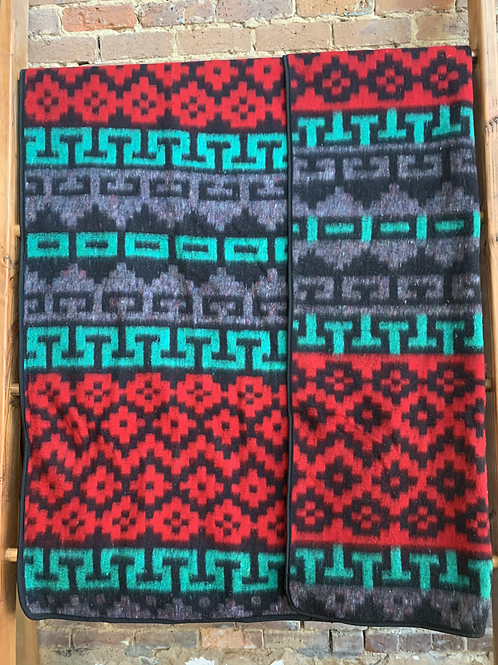 Recycled Alpaca Geo Red/Green