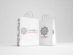 Free+Shopping+Bag+Mockup