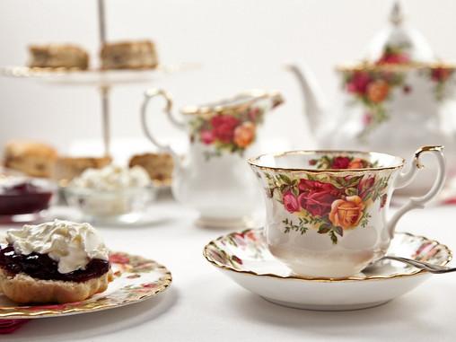 Você sabe como surgiu o famoso chá das 5?