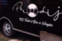 Prodij_dj_truck_&_bar_à_vinyles_dijon_ca
