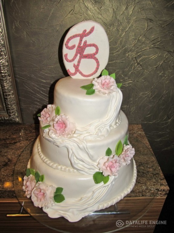 sbadebnie-torti-mnogo-yarus-205