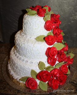 sbadebnie-torti-mnogo-yarus-175