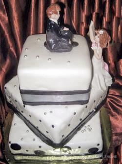 sbadebnie-torti-mnogo-yarus-16