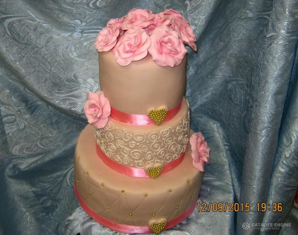 sbadebnie-torti-mnogo-yarus-237