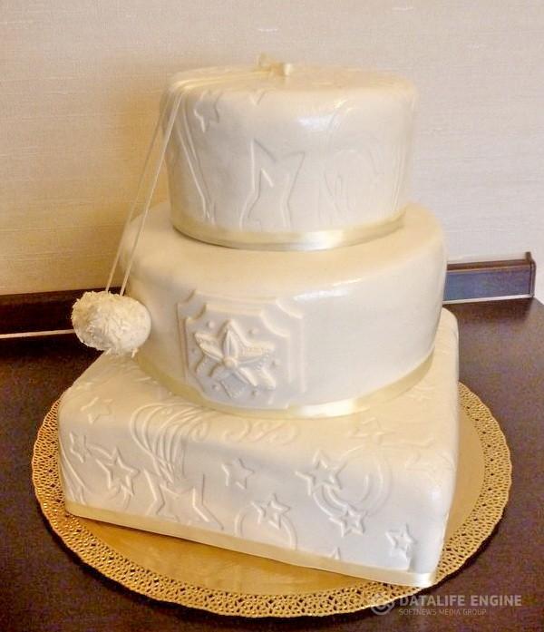 sbadebnie-torti-mnogo-yarus-223